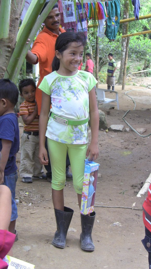 giving away Christmas  in Honduras 2