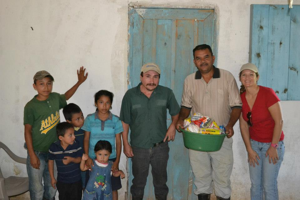 giving away Christmas in Honduras 3